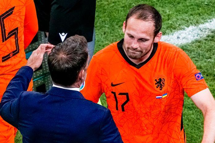 Frank de Boer troost Daley Blind.
