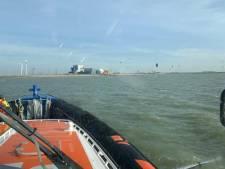 Reddingboot vaart uit voor gevonden kite na melding binnenvaartschip