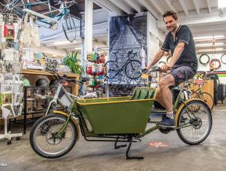 Zesde 'Retro-Vinyl-Bicycle'-markt in 't Klein Parksken