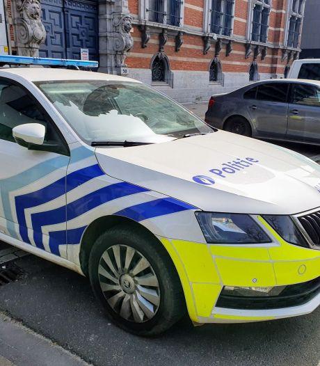 Des adolescents interpellés pour une attaque au couteau dans une école à Anvers