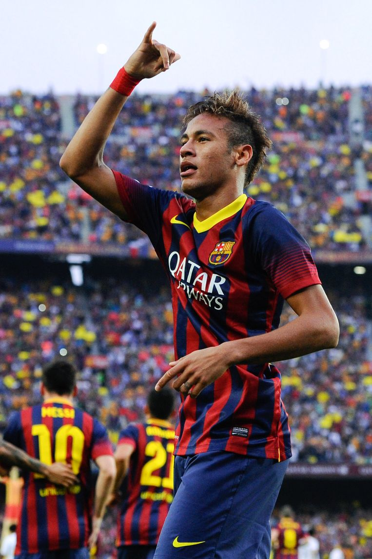 Neymar viert de vroege 1-0. Beeld GETTY