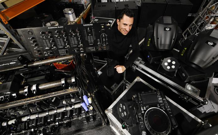 Wout Cobussen uit Horssen zou de modernste disco van Nederland in Culemborg bouwen, maar dat gaat niet door.