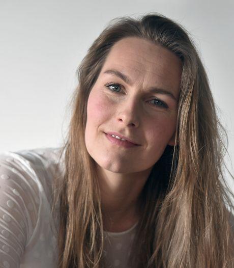 Caroliene verzorgt gestorven mensen: 'Je voelt dat de overledene nog iemand is'