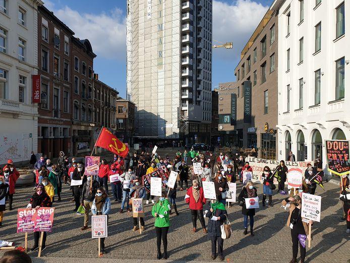 Manifestation de Femmes de Mars pour la Journée internationale des droits des femmes à Charleroi
