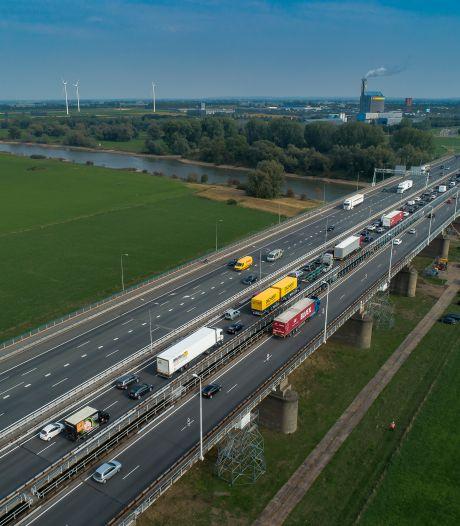 A12 veilig houden: snelheid IJsselbruggen gaat twee jaar lang omlaag naar 90
