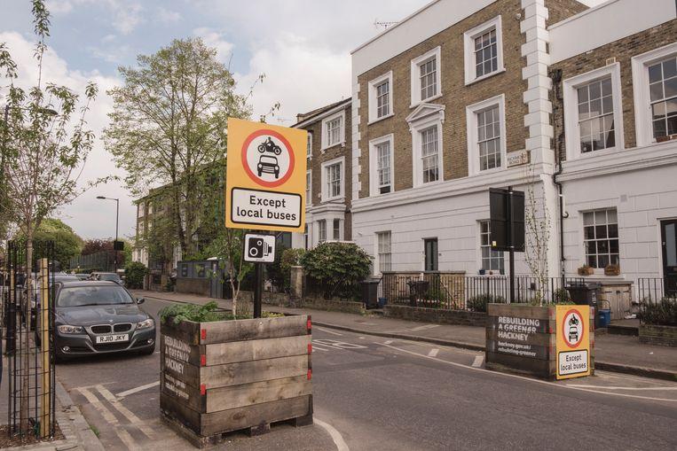 London Fields is een van de meer gegoede, residentiële wijken waar het rustig is door de autoluwe wijken. 'Het is een klassenstrijd.' Beeld Carlotta Cardana