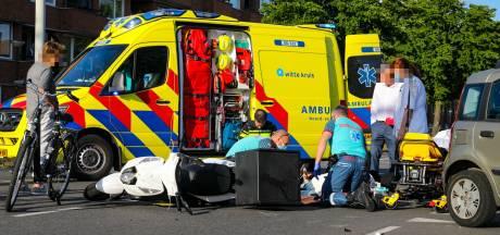 Scooterrijder raakt gewond bij ongeval in Apeldoorn