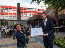 Rotterdam is 'dementievriendelijke' stad: 'Geleerd deze mensen eerst even gerust te stellen'
