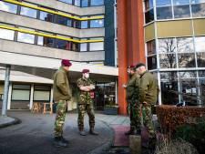 Militairen schieten te hulp in zorghotel Apeldoorn: 'Dit gaat ook over onze families en vrienden'