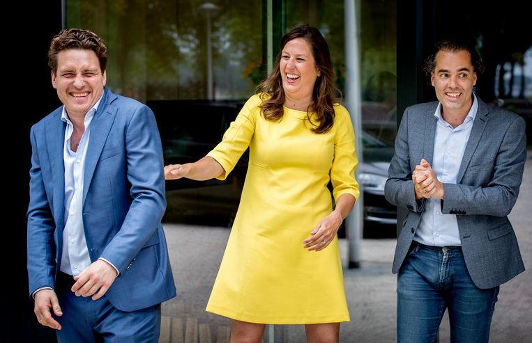 Reinier van Dantzig (D66), Marjolein Moorman (PvdA) en Laurens Ivens (SP) bij de perspresentatie van het Amsterdamse coalitieakkoord. Beeld ANP