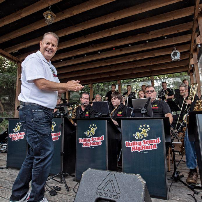 De Valley Sound Big Band onder leiding van Peter Bogers op het eigen Big Band festival op De Stok bij Sieben in Roosendaal Foto Chris van Klinken