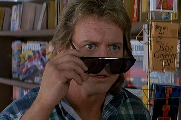 Roddy Piper in 'They Live'. Beeld