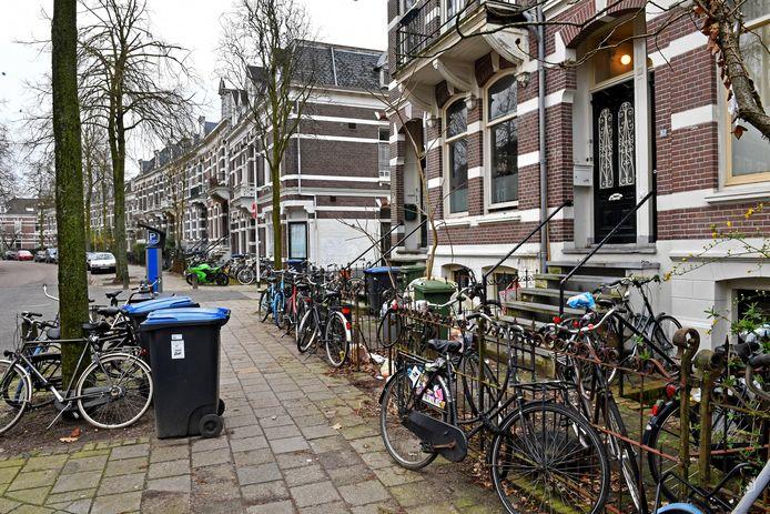 Nijmegen: de Burghardt van Den Berghstraat in Bottendaal, een deel van de stad waar veel studenten wonen.