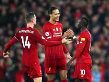 Liverpool dendert door in wéér duel met controversieel VAR-moment