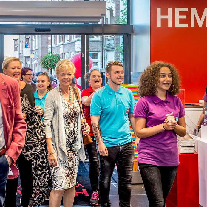Opening van de  Hema in Oudenbosch.  Foto: Peter Braakmann / Pix4Profs