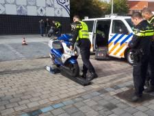 42 scooterrijders op de bon bij gerichte controles in Cuijk