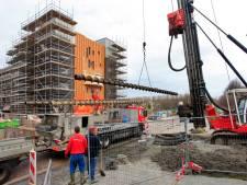 SP Dronten bundelt 65 klachten over woningcorporatie OFW in zwartboek