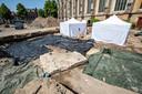 Geen crime scene, maar archeologisch onderzoek op het Grote Kerkhof.