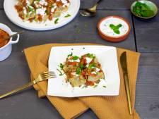 Wat Eten We Vandaag: Afghaanse mantu dumplings met yoghurt-knoflooksaus