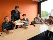Bestse statushouders aan het werk via nieuw project: 'Een voorbeeld voor heel Nederland'