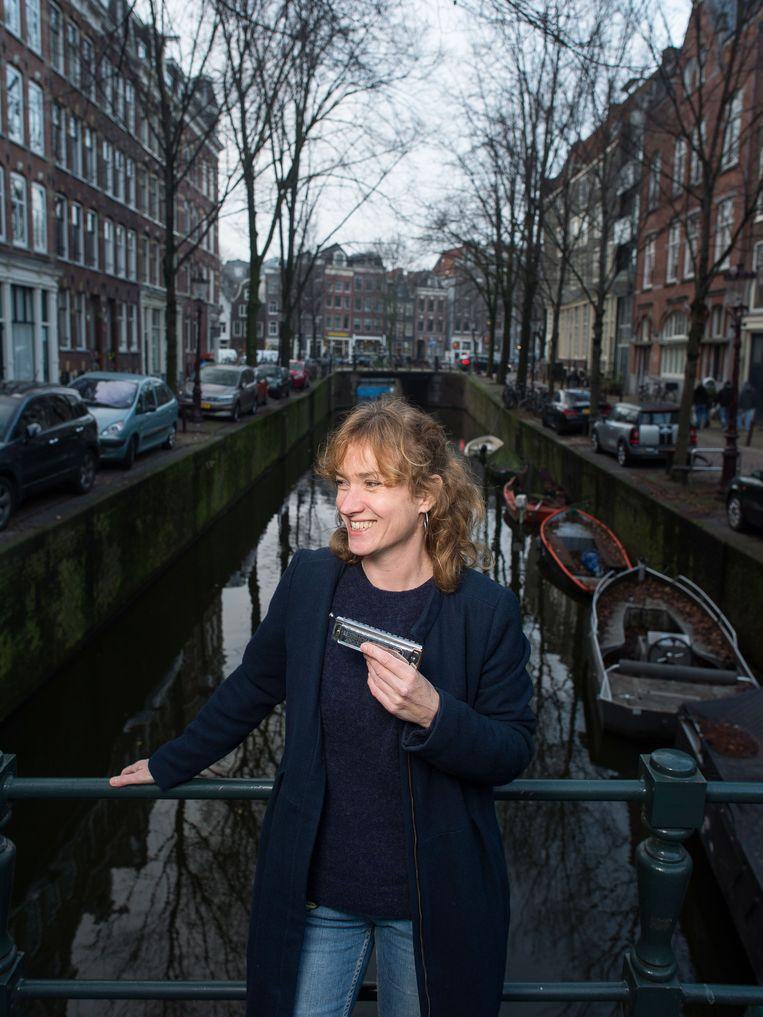 Mondharmonicaspeelster Hermine Deurloo: 'Niemand kan drummen als Steve Gadd'