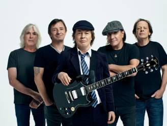"""AC/DC-gitarist Angus Young bekent: """"Ik bedacht 'Highway To Hell' in een paar minuten op het toilet"""""""