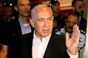 De Israëlische premier Benjamin Netanyahu bezocht gisterenavond de stad Lod, waar grote ongeregeldheden plaatsvonden.