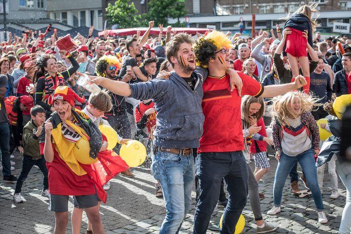 Roeselare viert feest tijdens het WK 2018. Voor het EK van 2021 moeten we rekening houden met de coronamaatregelen, maar de vreugde bij een treffer van Carrasco of De Bruyne zal er niet minder om zijn.