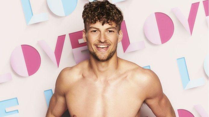 'Love Island UK': Hugo Hammond is de eerste kandidaat met een fysieke beperking.