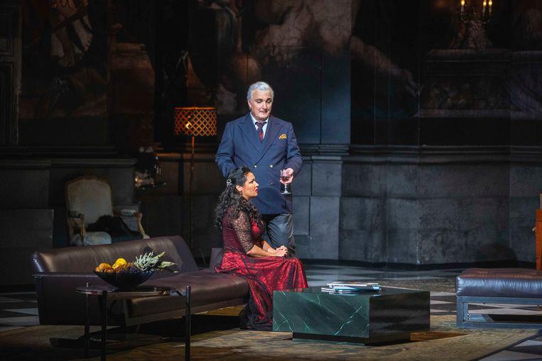 Anna Netrebko en Ludovic Tézier (als Scarpia) in Tosca.   Beeld Marco Borrelli
