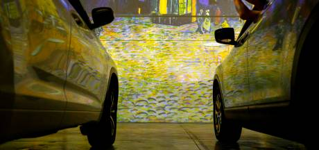 Van Gogh komt tot leven in spectaculaire drive-in: kunst genieten vanuit je auto