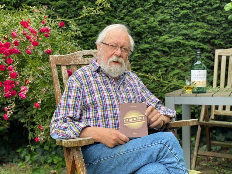 Fernand  Dacquin wou geen klassiek whiskyboek schrijven, wel een bundel van 111 leuke verhalen.