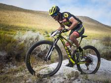 Geslaagd debuut voor mountainbiker Van der Heijden in Cape Epic