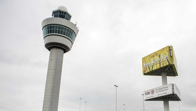 De verkeerstoren van luchthaven Schiphol. Beeld epa