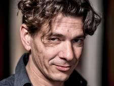 Dimitri Verhulst publiekstrekker op Nacht van de Poëzie
