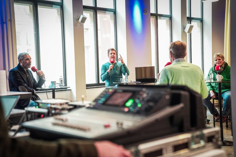Opnames voor 'Prikcast' van Radio 2. Beeld Radio 2