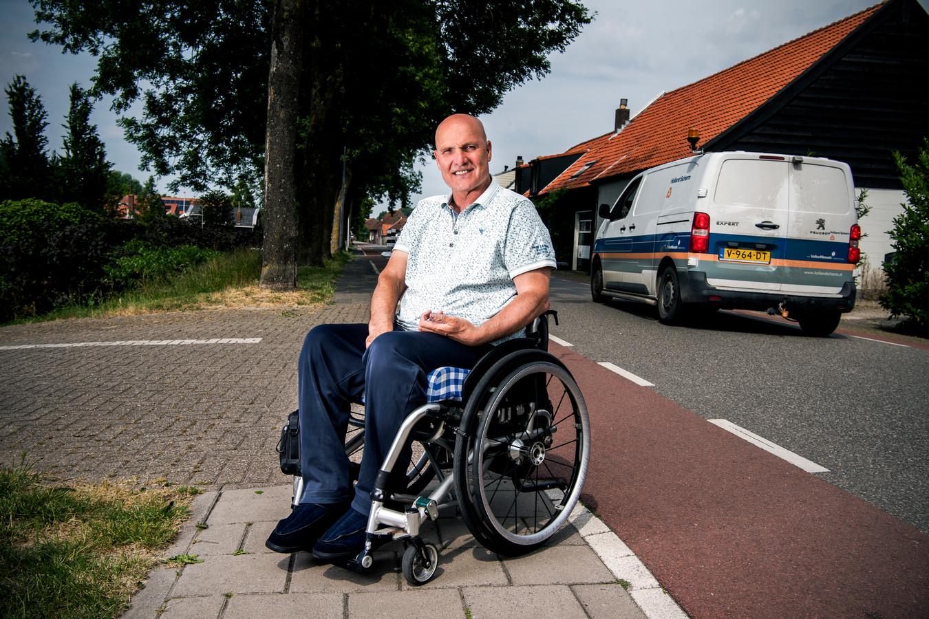 Sjaak van Bergen uit Stad aan 't Haringvliet verloor tien jaar geleden zijn zoon bij een verkeersongeluk. Zelf raakte hij zwaar gewond.