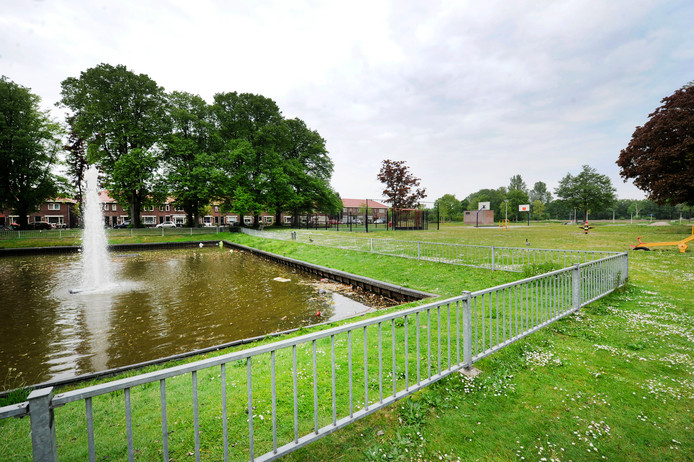 De locatie van het nog te bouwen buurtcentrum in Dolphia.