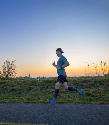 Luuk (28) uit Leimuiden rent 100 kilometer: 'Opeens voelden mijn benen als pap'