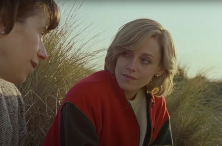 Kristen Stewart als prinses Diana in 'Spencer' Beeld Screenshot trailer 'Spencer'