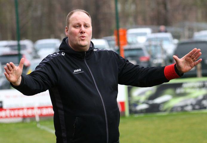 Het huiswerk van Yannick Platteeuw is af. Vanaf nu kan de sportief manager fluitend het nieuwe seizoen tegemoet gaan.