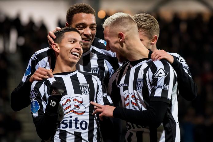De doelpuntenmakers van Heracles: Mauro Junior, Cyriel Dessers, Silvester van der Water en Alexander Merkel.