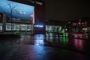 Verlaten straten en pleinen tijdens de avondklok op zaterdag 23 januari. Station Breda.