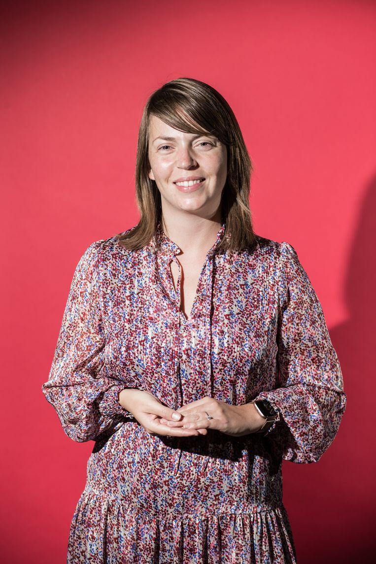 Charlotte Struyve: 'Op school leer je omgaan met verschillende persoonlijkheden. Thuis ligt het aantal sociale contacten aanzienlijk lager.'  Beeld Bob Van Mol