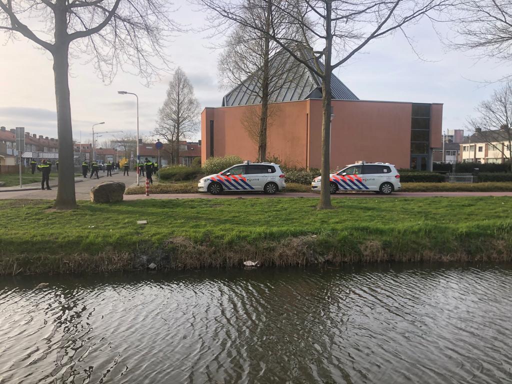 Politie in de Molukse wijk in Leerdam.