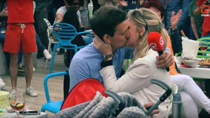 Pieter kuste Sara na weddenschap op Qmusic-fuif, elf jaar later vraagt hij haar ten huwelijk met hulp van… Qmusic