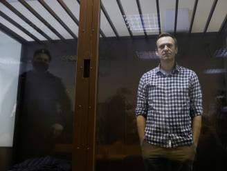 """Artsen bezorgd over gezondheidstoestand Navalny: Russische opposant kan """"elk ogenblik hartstilstand krijgen"""""""