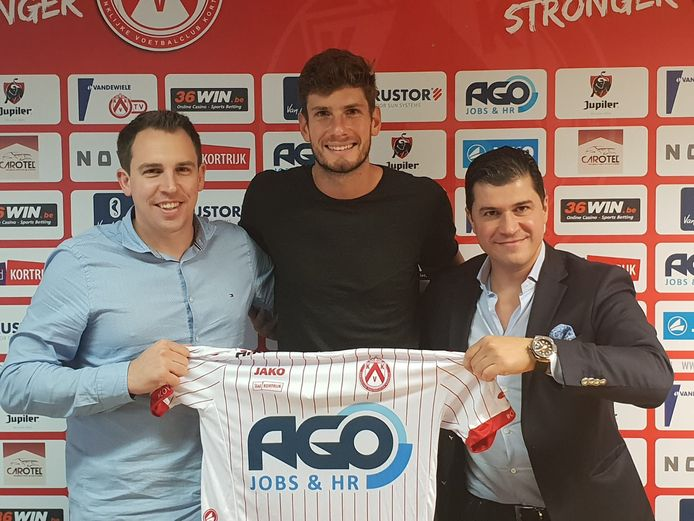 Links algemeen manager Matthias Leterme, rechts makelaar Frederico Avellino.