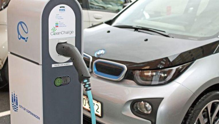 Oplaadpunten Elektrisch Rijden Landelijke Dekking In 2015 De
