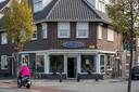 Coffeeshop Expres'zo aan de Oude Engelenseweg. ,,Met deze tijdstippen kunnen we goed leven.''